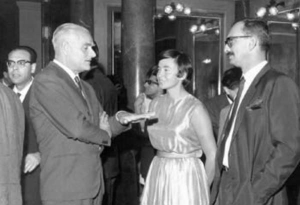A Palermo con Alberto Moravia e Inge.