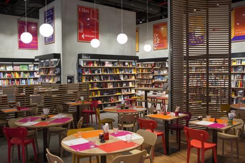 Nuovo RED a Milano Citylife - Feltrinelli Editore