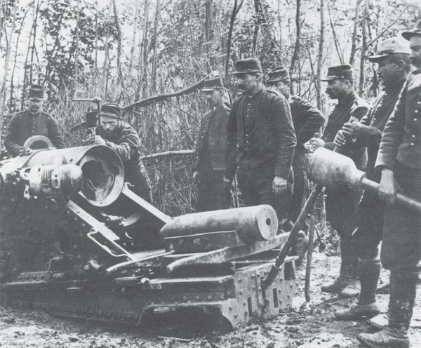 Il cannone francese da 220mm sul fronte occidentale, 1915
